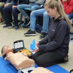 Gesundheitstag 2015 Erste-Hilfe-Kurs